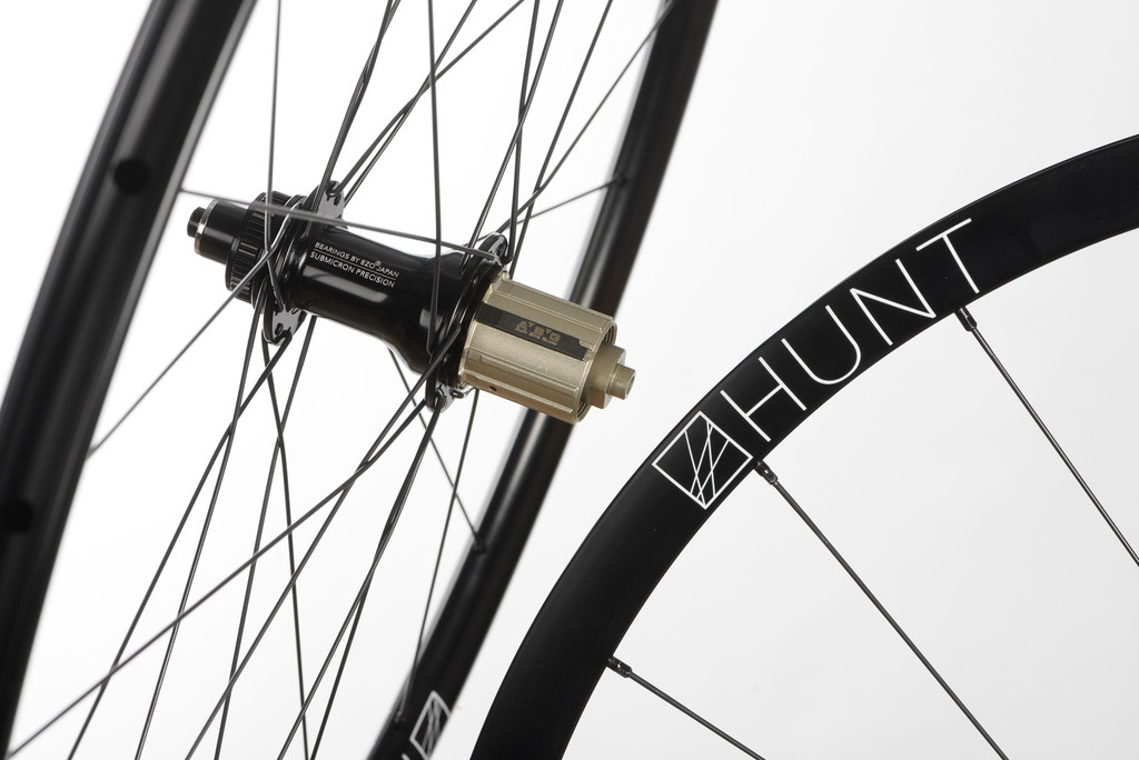 HUNT 4Season Disc Road Wheelset | 1585g | 27Deep 23Wide